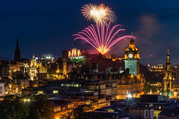Merry Christmas and a Happy New Year! Here's how to enjoy the Crimbo Limbo in Edinburgh