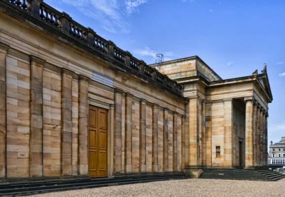 8 of the most breath-taking examples of Edinburgh architecture