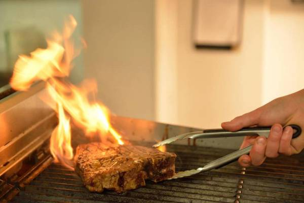b2ap3_thumbnail_Steak-on-the-Grill.jpg